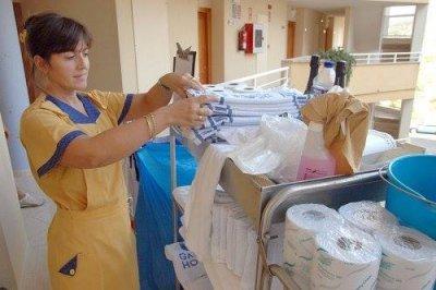 Albasud hablamos sobre las condiciones laborales de las for Trabajo de camarera de pisos